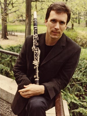 """Clarinet virtuoso Jon Manasse will join the Amenda Quartet for a performance of Brahms' """"Clarinet Quintet"""" during a concert on Sunday, April 9, at First Unitarian Church of Rochester."""