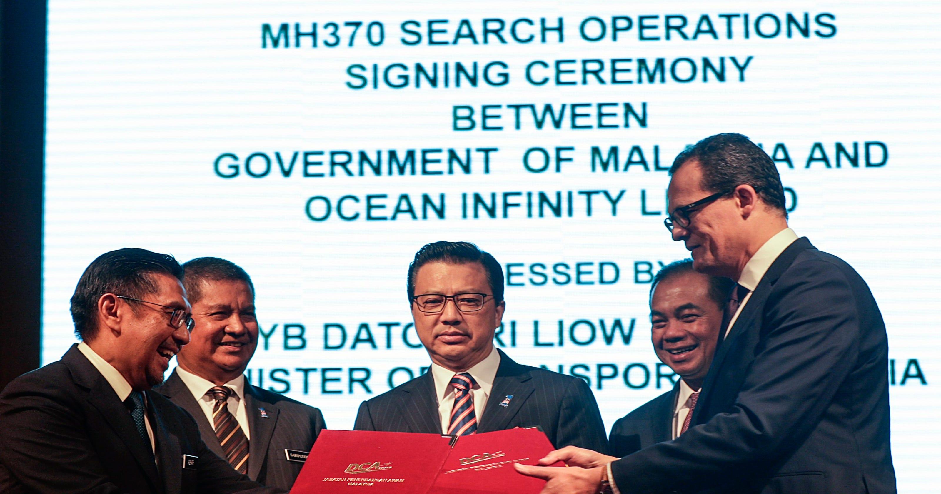 MH370 search: U S  vessel en route to new search area