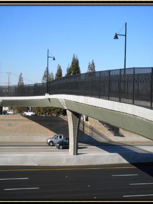 Bridge.1.JPG_20140826.jpg