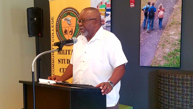 Vietnam Veteran Woodie Robinson speaks at Jackson State Community College for a  student veterans week event.