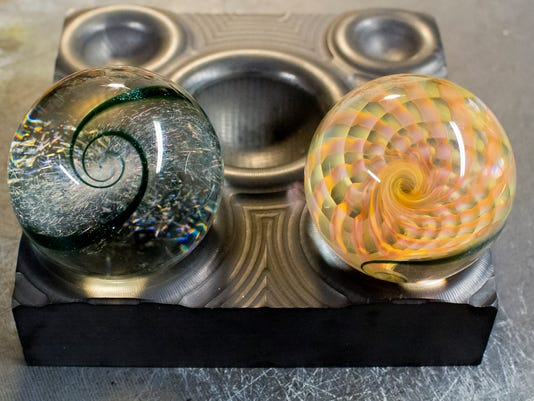 20150325_Glass_Marbles_sw