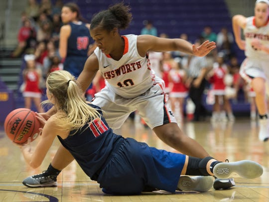 Ensworth's Akiya Harris (10) steals the ball away from
