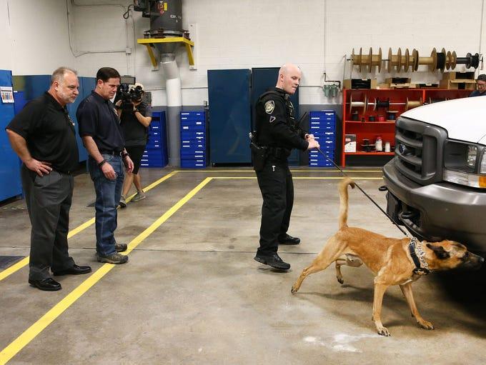 ADOT to use K-9 units to detect drugs, human trafficking on major Arizona highways