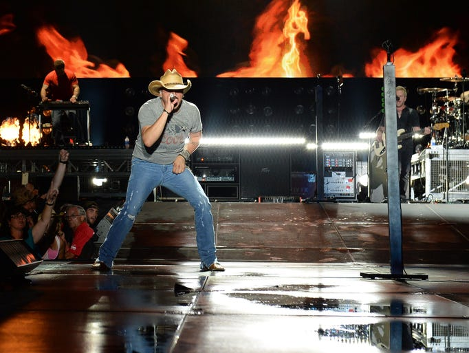 Jason Aldean performs during First Annual Florida Country Superfest - Day 1 at EverBank Field on June 14, 2014 in Jacksonville, Florida.