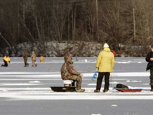 Free fishing weekend feb 18 19 in new york for Ice fishing ny