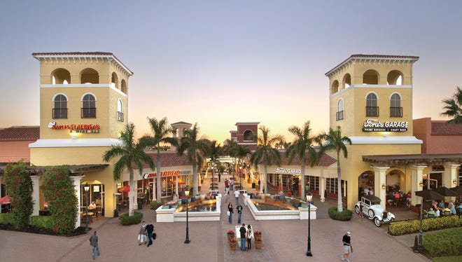 Designer deals, discount steals and delightful meals await shoppers at this outdoor destination in Estero.
