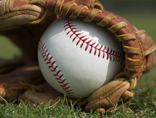 636295173742225564-baseball-glove-grass.jpg