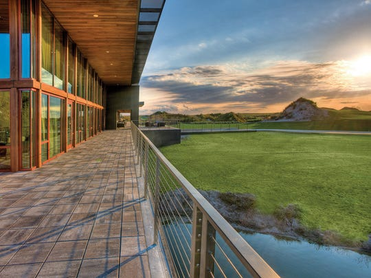 With no fountains, street lights or embellishments, Streamsong Resort in Streamsong, Fla., emphasizes minimalism.
