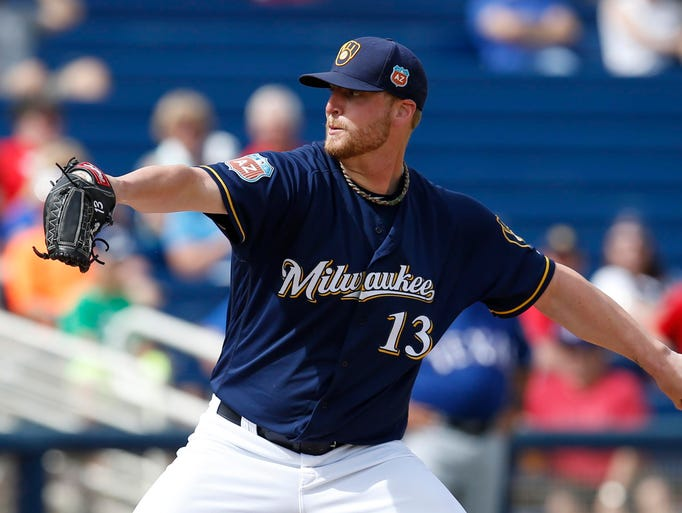 Milwaukee Brewers reliever Will Smith tore a knee ligament