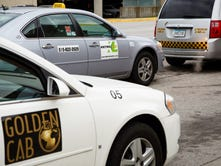 Des Moines airport cracks down on taxi companies