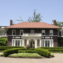 MANSION ON THE MARKET: 830 Ockley Drive
