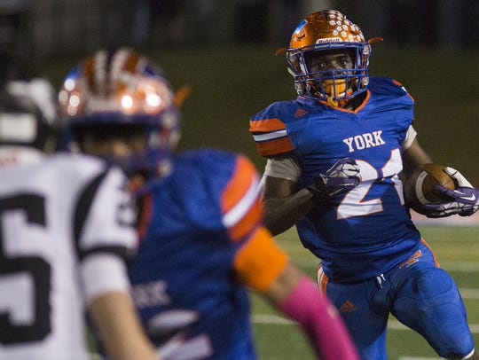 York High's Khalid Dorsey runs the ball. York High