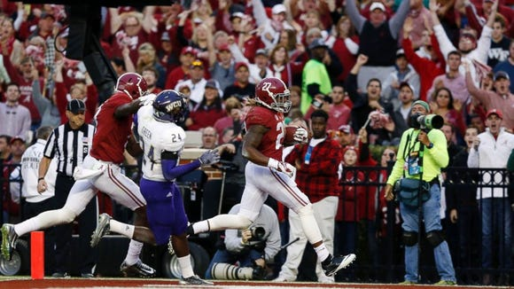 Alabama sophomore Derrick Henry had two rushing touchdowns
