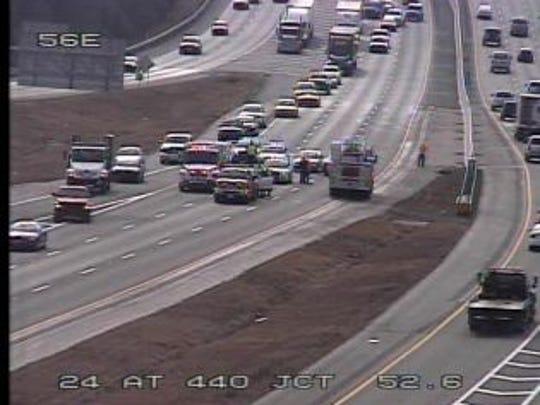 I-24 west crash in Davidson County.