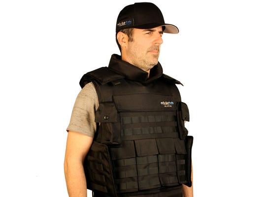 636052081881905782-bulletsafe-alpha-bulletproof-vest-3.jpg