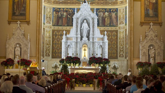 Randolph man looks back at a Christmas Mass moment he shared with his father.