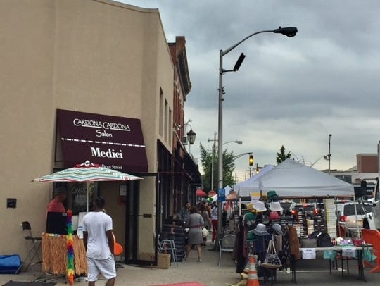 Englewood's sidewalk sale