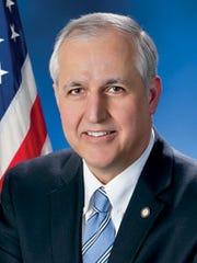 Sen. Dominic Pileggi, R- (official portrait)
