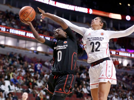 Lady Vols signee Rennia Davis, left, playing for the