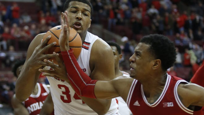 Ohio State forward Kaleb Wesson, left, works for a loose ball against Indiana guard Devonte Green during the second half Tuesday night in Columbus, Ohio.   Paul Vernon/AP Ohio State forward Kaleb Wesson, left, works for a loose ball against Indiana guard Devonte Green during the second half of an NCAA college basketball game in Columbus, Ohio, Tuesday, Jan. 30, 2018. Ohio State won 71-56. (AP Photo/Paul Vernon)