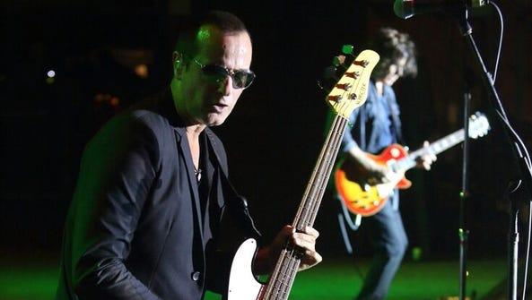 Stone Temple Pilots bassist Robert DeLeo.