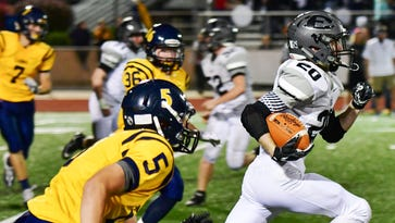 It's a first: East downs rival South Lyon, 34-27