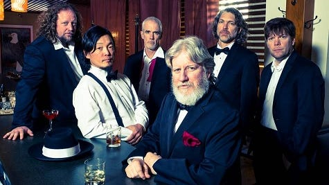 The String Cheese Incident, from left: Jason Hann, Michael Kang, Michael Travis, Bill Nershi, Keith Moseley, Kyle Hollingsworth.