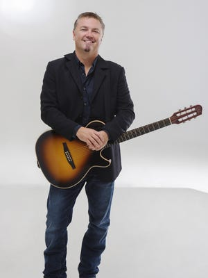 Edwin McCain performs Thursday at theCenter for the Arts in Homer.