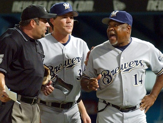 Davey Nelson (right), a coach under Brewers manager