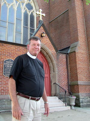 "The Rev. ""Father Bill"" Lutz will retire Thursday after nearly two decades at Trinity Episcopal Church in Elmira."