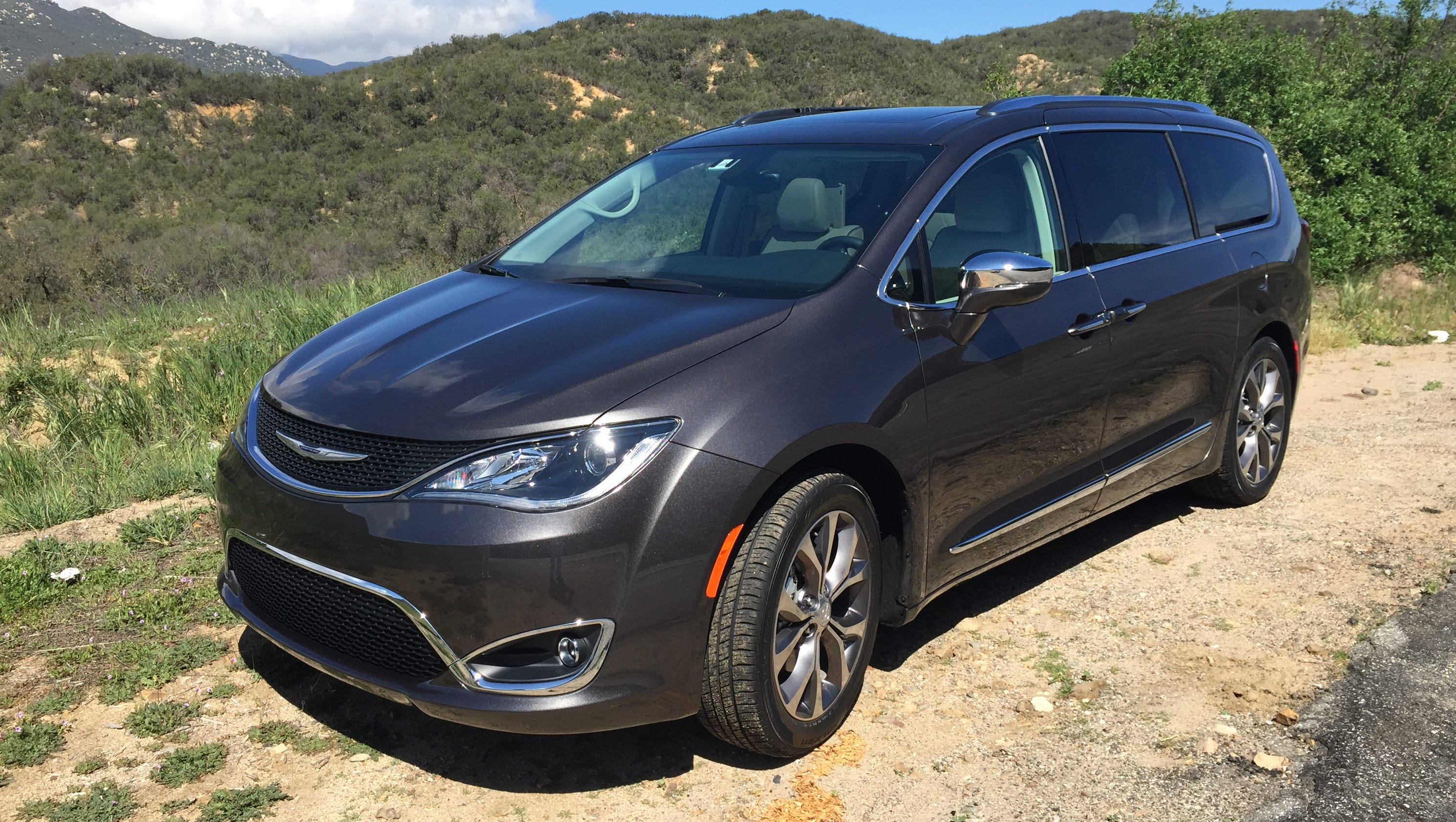 the chrysler pacifica is the lightest minivan on the market. Black Bedroom Furniture Sets. Home Design Ideas
