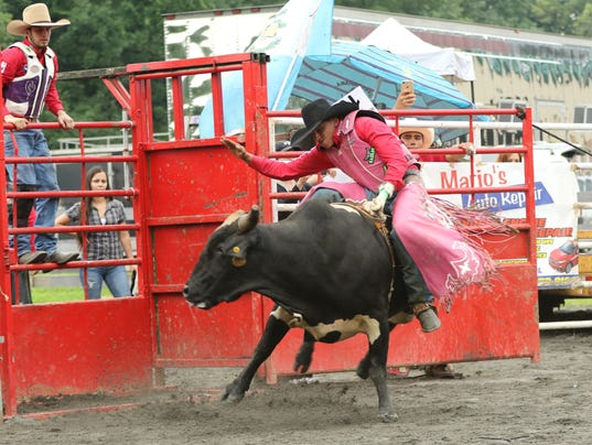 Cowboys Grab Life By The Horns At North Jersey Rodeo
