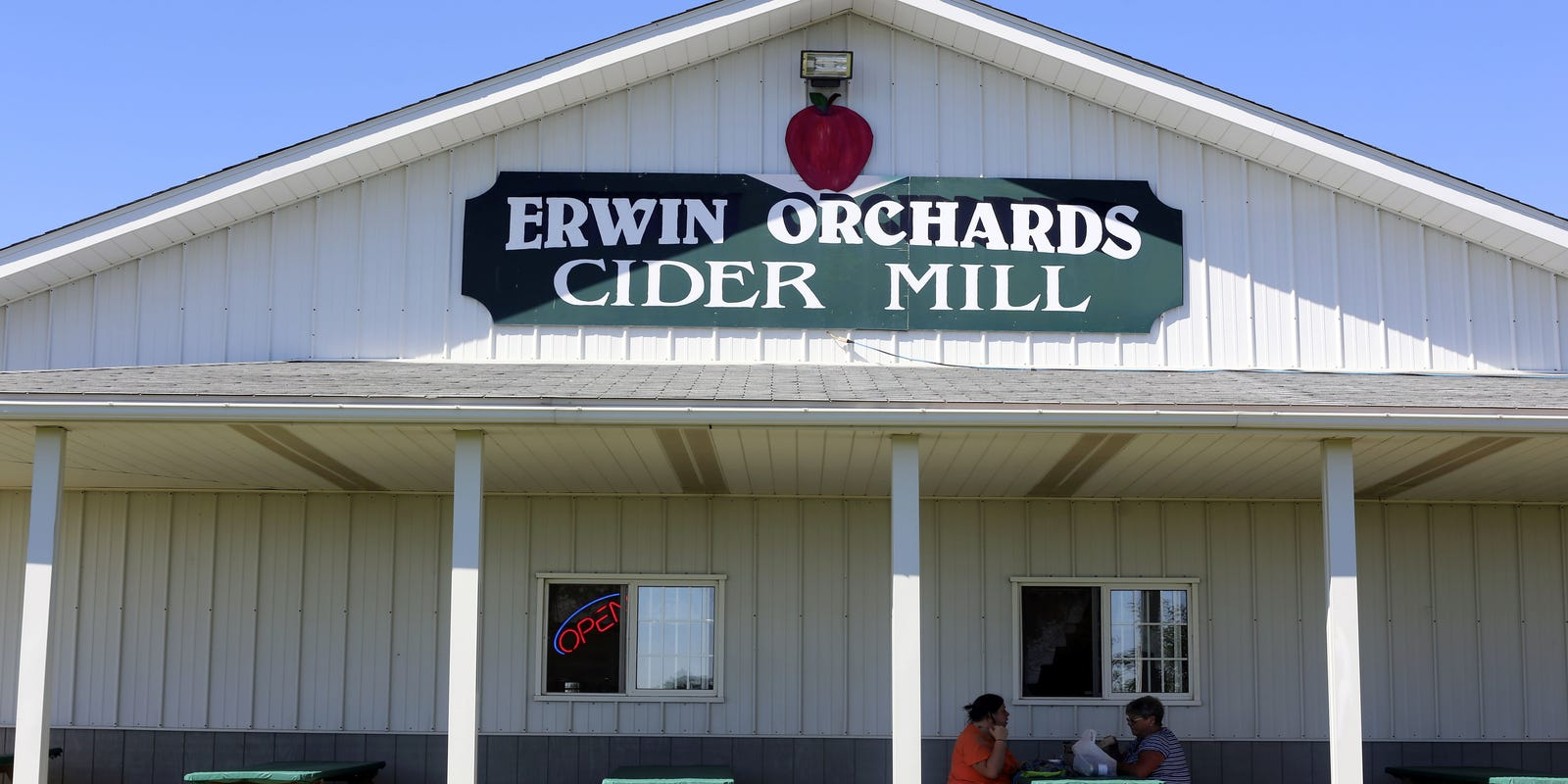 Owners Of Erwin Orchards Says Farm Hasnt Sold Yet