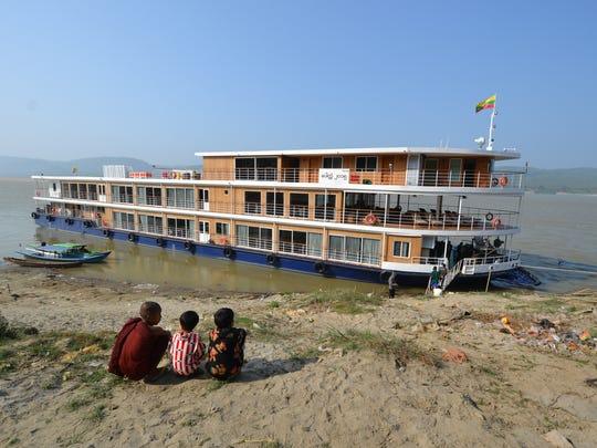 Children of the riverfront village of Kya Hnyat, including