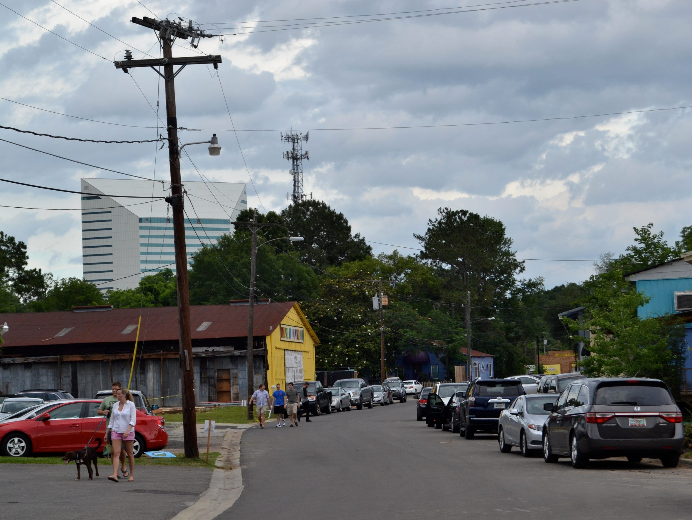 Cars line the streets of Railroad Square for Proof