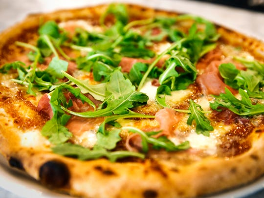 Thu., Oct. 12, 2017: The Prosciutto and Fig pizza at