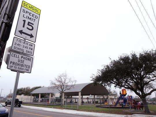 School zone times outside Evans Elementary School list