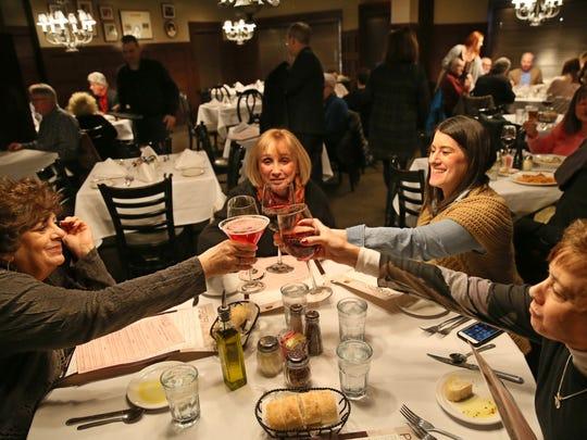 Nan Miller, Lynn Baldwin, Adena Miller and Arline Seideman,