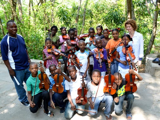 Cange String Orchestra.