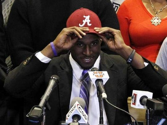 Rashaan Evans chose Alabama over Auburn and UCLA on 2014 National Signing Day.