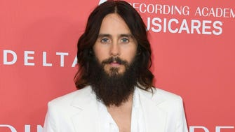 Jared Leto arrives for the 2018 MusiCares Person Of The Year gala at Radio City Music Hall in New York on January 26, 2018.  The 2018 MusiCares Person of the Year award will honor Fleetwood Mac at the 28th annual MusiCares Gala Tribute dinner and concert ahead of Sunday's 60th GRAMMY Awards, marking the first time the benefit has honored a band.  / AFP PHOTO / ANGELA WEISSANGELA WEISS/AFP/Getty Images ORIG FILE ID: AFP_XZ14G
