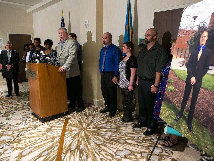 The family of slain Lt. Steven Floyd Sr. and five other