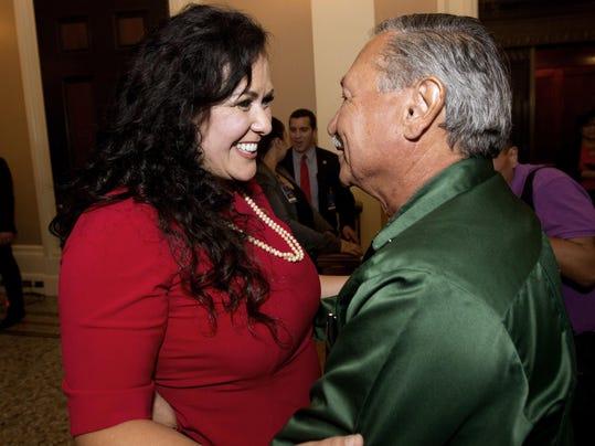Lorena Gonzalez,Arturo Rodriguez