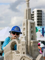 Master Sand Sculptor, Amazin (Walter) McDonald, South
