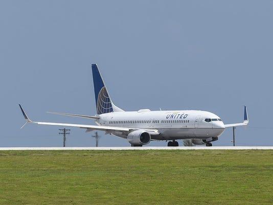 636654788904484770-UA-plane-04.jpg