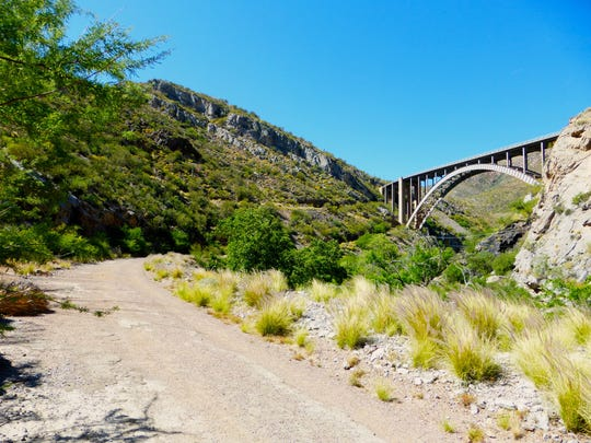 Legends of Superior Trail passes under Queen Creek Bridge and and on to the tunnel for a 4-mile round trip hike.