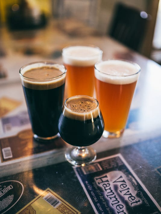 Dark Horse flight of beer