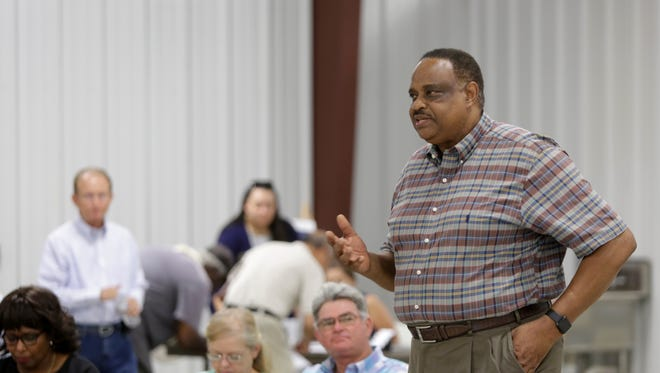 Fifth District Congressman Al Lawson, D-Tallahassee, met with constituents at a farming forum outside Monticello Thursday to discuss agricultural issues.