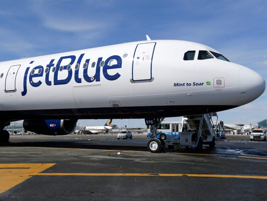 AP EARNS JETBLUE A F FILE USA NY