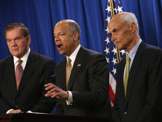 Former DHS Secretaries Join Jeh Johnson To Urge Congress To Fund DHS